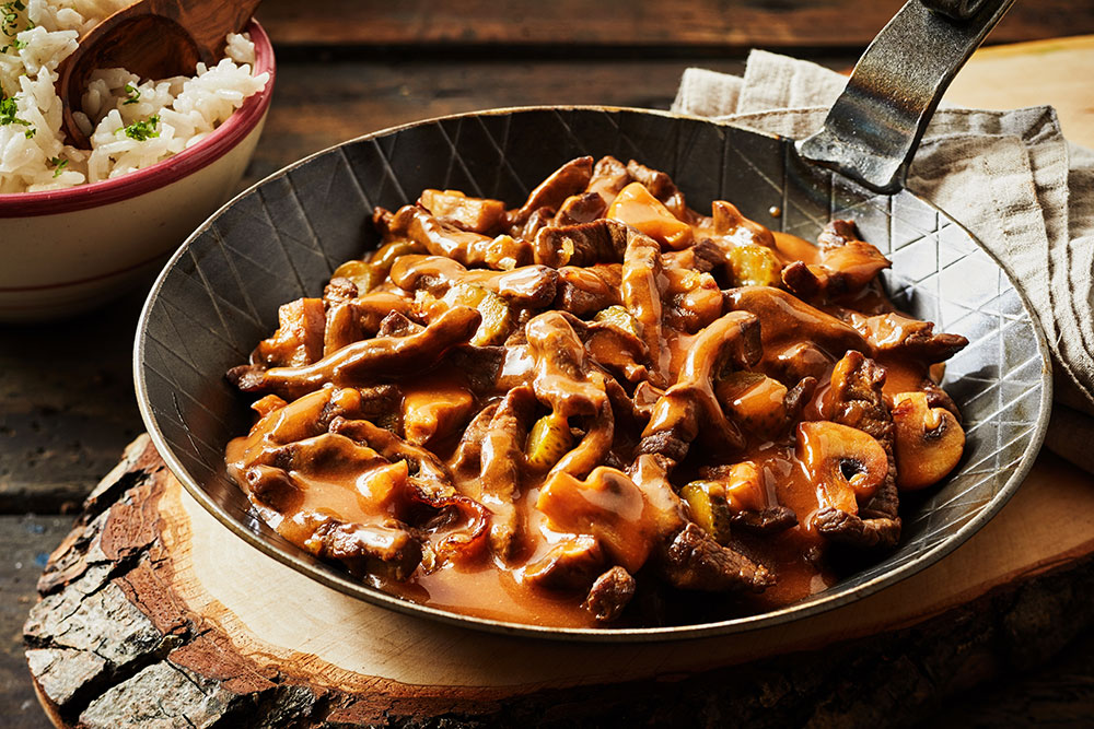 One Pot Beef and Mushroom Stroganoff